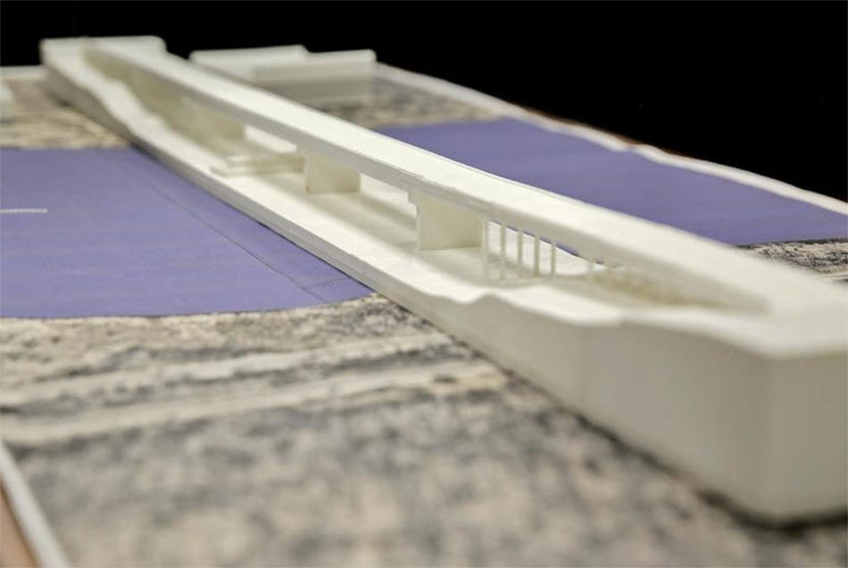 Model of Hoboult Bridge