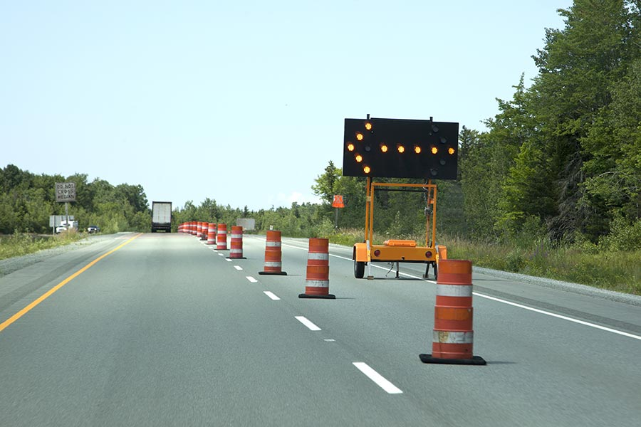 Construction lane closure digital sign